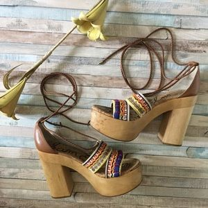 Sam Edelman Wooden Embroidered Platform Heel, 11